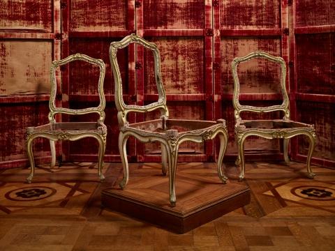 Suite de six chaises du salon d'Abondant