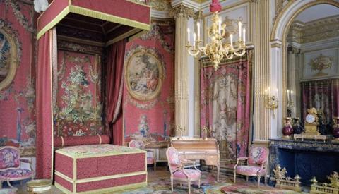 Nouvel aménagement de la Chambre du duc de Chevreuse - Département des Objets d'art.